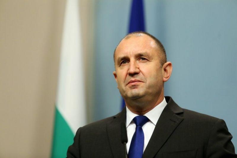 """Президентът Румен Радев връчва мандата на """"Има такъв народ"""" днес"""